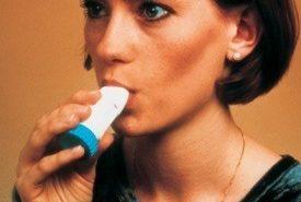 La incidencia del asma en las mujeres es más alta que en los hombres a partir de los 20 años