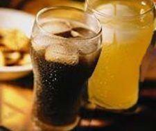 Consumo de refrescos: conozca sus riesgos