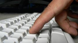 Navegar en internet ayuda al cerebro