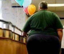 El sobrepeso es igual de dañino que el fumar