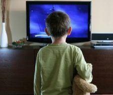 La televisión ayuda a la mala alimentación