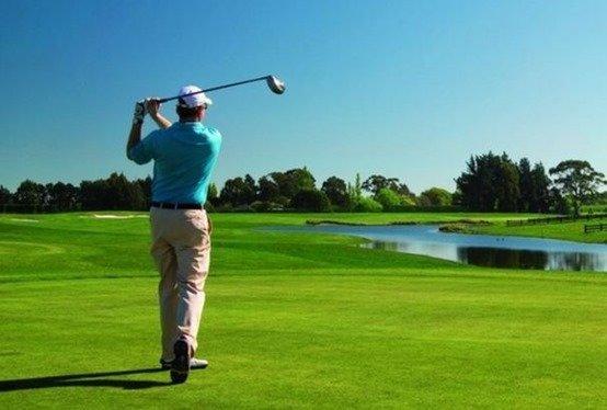 dañar-el-oído-golfjpg