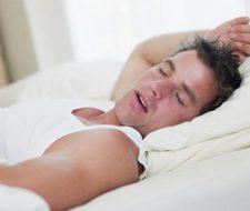 El ronquido, enfermedad que afecta a la relación de parejas